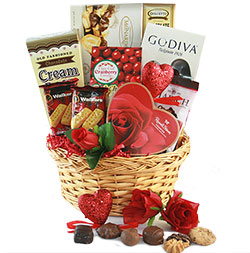 Endless Love Valentines Day Wine Gift Basket