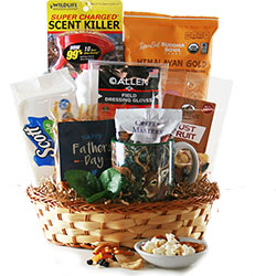 Born To Hunt Fathers Day Gift Basket