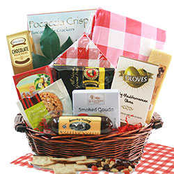Picnic Time Gourmet Gift Basket