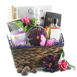 Sweet on You Wine 								Valentines Baskets