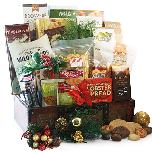 Christmas Treasures Christmas Basket